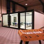 Vue d'ensemble de la salle de formation modulaire en containers